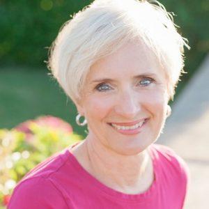 Excellence in Journalism Award winner Terri Petterson Smith